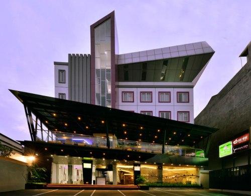 Oak Tree Mahakam Urban Hotel, Bintang 3 Kebayoran Baru