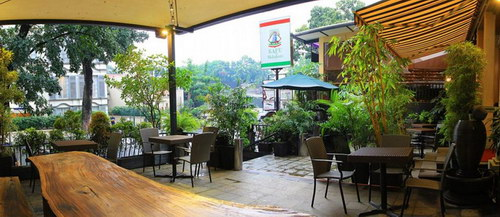 Pisa Kafe, Cafe Dengan Atmosfer Italia