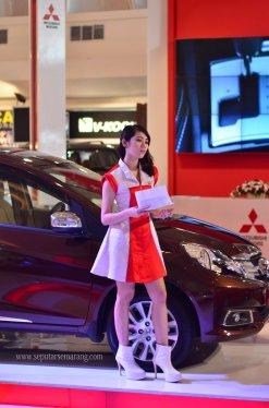 Honda Mobilio dan SPG Seksi Semarang