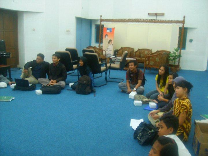 EduBright Institute, Pelatihan Bahasa Inggris dan Tes TOEFL