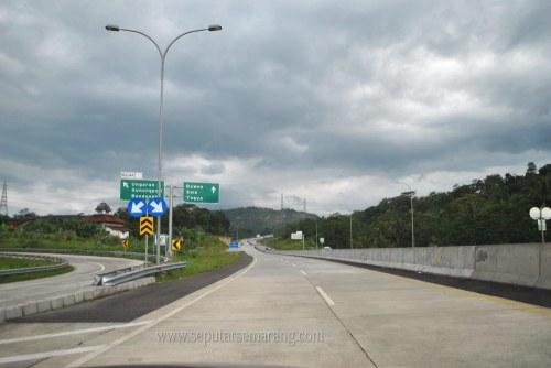 Foto Jalan Pintu keluar ungaran