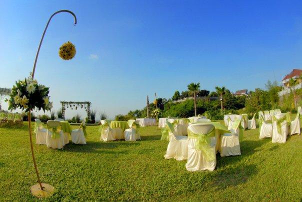 Wedding at The hills dining resto