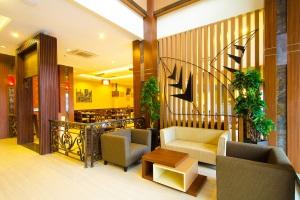 Suasana Restoran Hotel