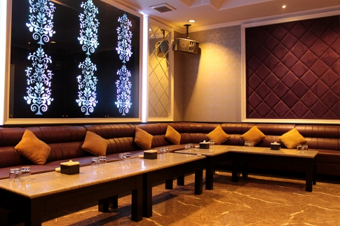 Interior executive Club semarang