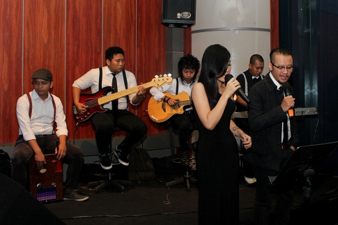 Live music executive club